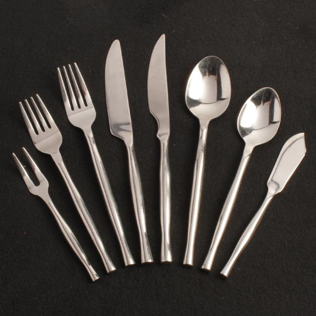 Where to find Renoir Flatware in Honesdale