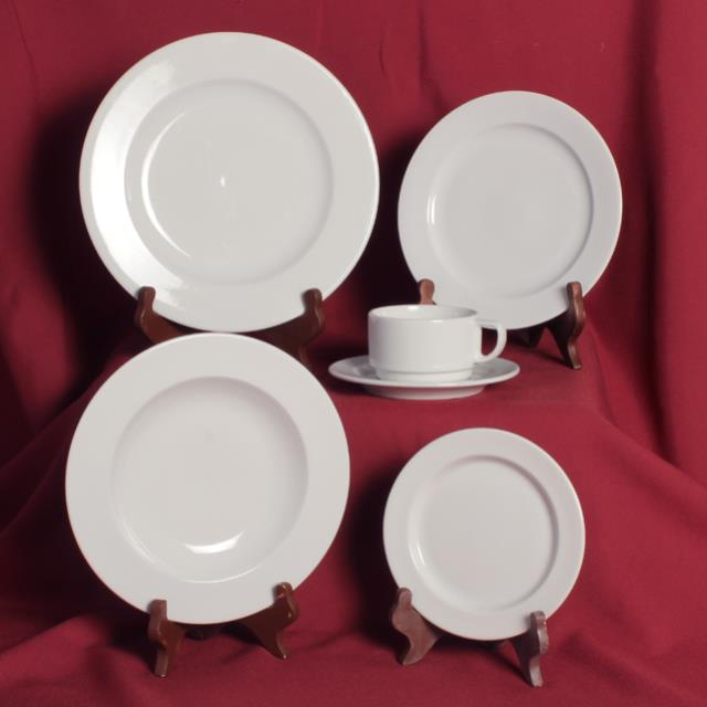Where to find White Porcelain China in Honesdale